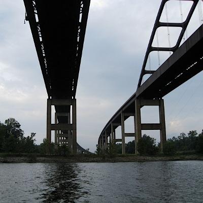 'Dolly Parton Bridge'