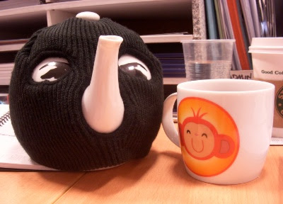 Terrorist teapot and monkey mug
