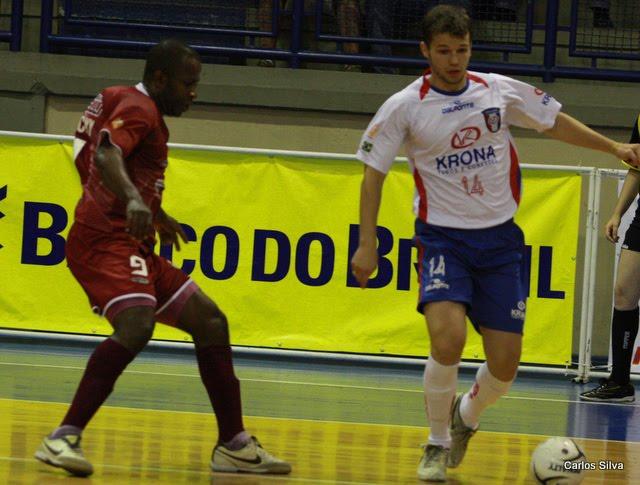 Com um gol a 24 segundos do fim a Krona Joinville Dalponte venceu a ADC  Intelli Orlândia por 1 a 0 fdde708ecd734
