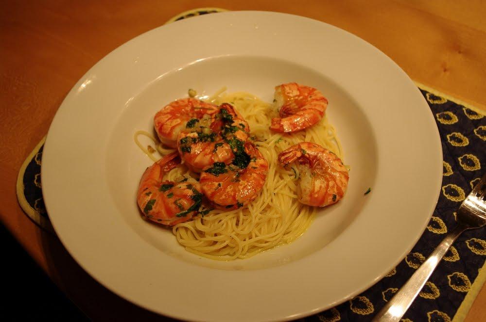 wolkenfees k chenwerkstatt spaghettini mit meeresfr chten langusten garnelen shrimps in. Black Bedroom Furniture Sets. Home Design Ideas