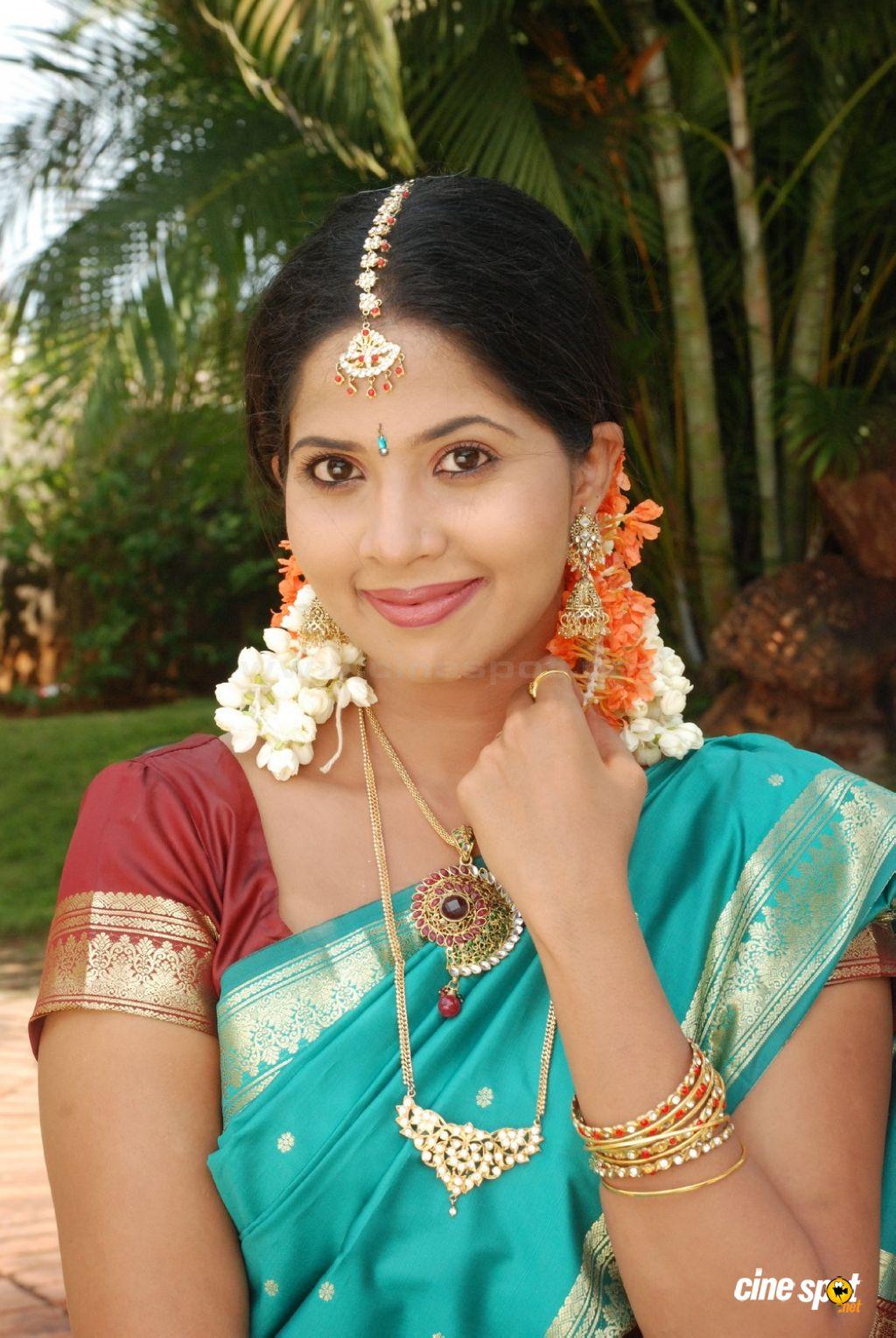 Sruthi Nair - Devika Sexy Photo Hot Spicy Devika Tamil -2749