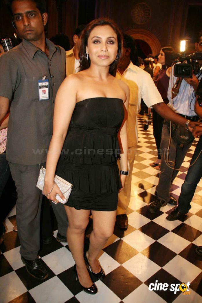 Bollywood Heroine Rani Mukherjee In Black Dress Mixpics
