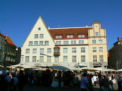 Obiective turistice Estonia: orasul vechi Talinn piata centrala