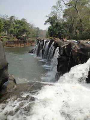 Laos, tara cascadelor