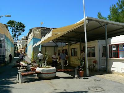Imagini Nicosia: punctul de frontiera turc de pe Linia Verde