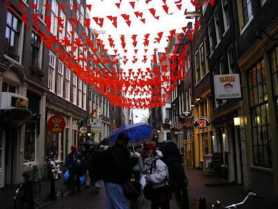 Shopping Olanda: strada comerciala pietonala Amsterdam