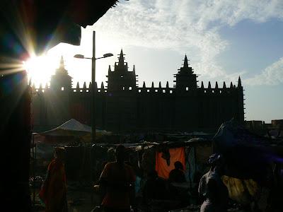 Obiective turistice Djenne: moscheea de chirpici