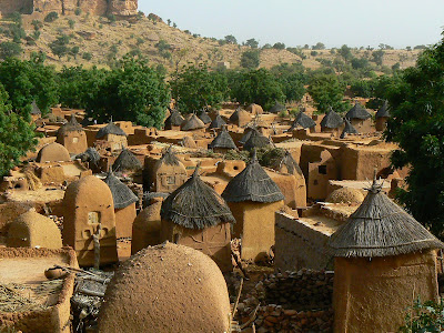 Obiective turistice Pays Dogon: sat traditional african