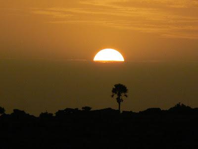Imagini Mali: apus de soare in Bedigmato, Pays Dogon