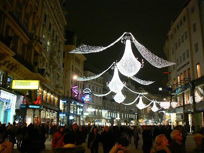 Obiective turistice Austria: pavoazare de Craciun la Viena