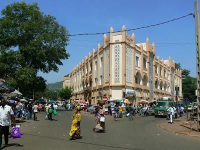 Imagini Mali: sediu bancar in Bamako
