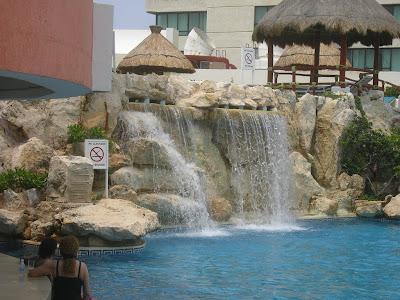 Cazare Mexic: hotel Hyatt Cancun cascada