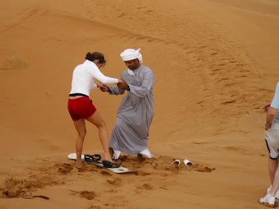 Imagini Dubai: Safari in desert, sand boarding