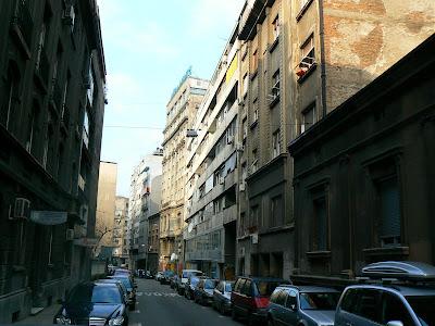CazareSerbia: Hostel Forever Belgrad strada