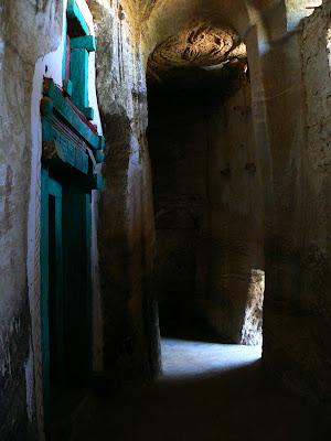 Obiective turistice Etiopia: Abba Yohanni Tigray, biserica din pestera