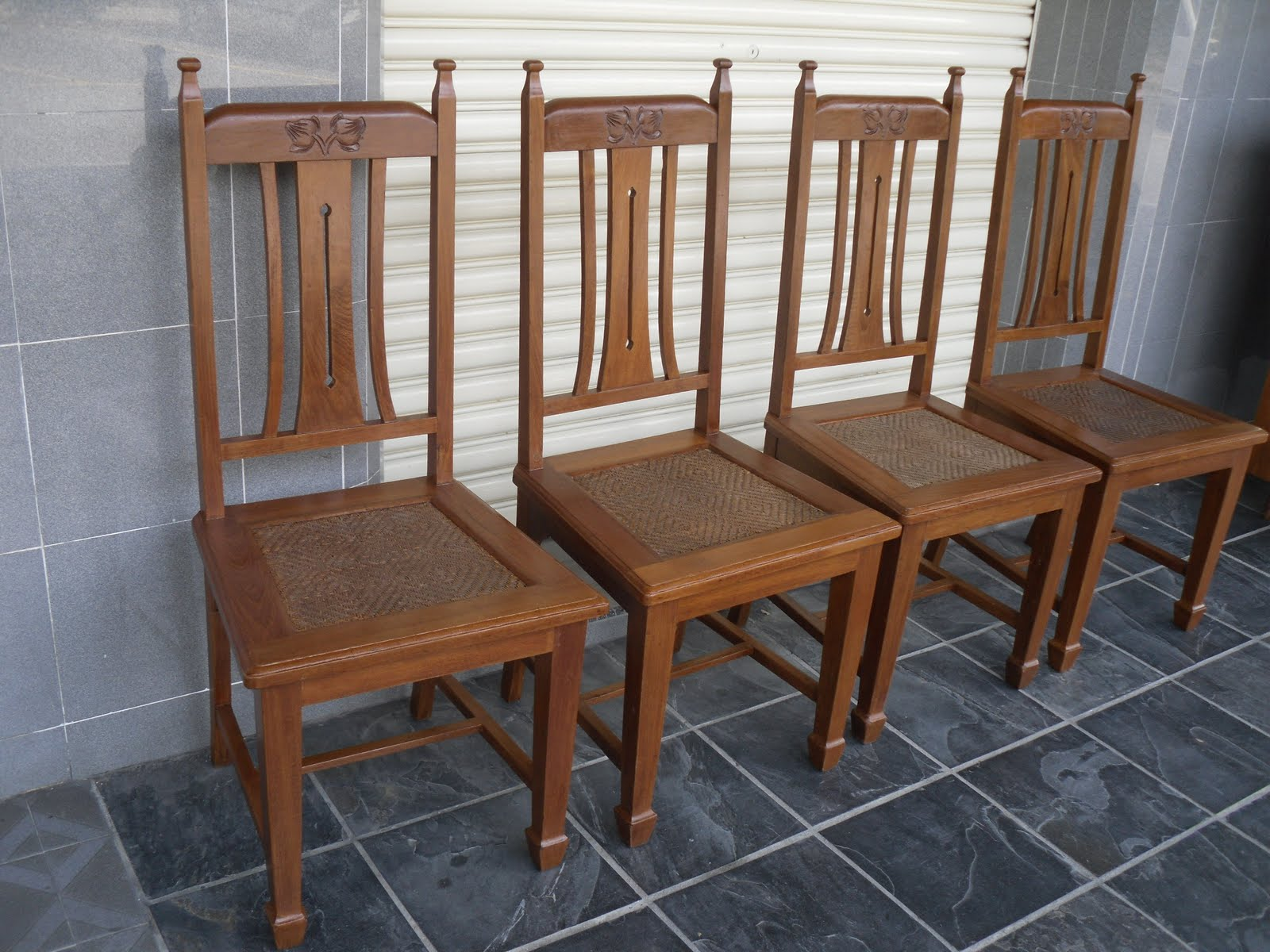 Styles of vintage dining chairs. antiques dining tables and chairs ...