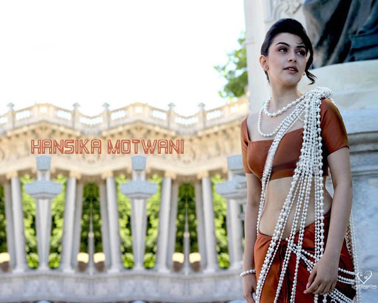 Bollywood Actress Beauty And Fashion: Hansika Hot Photos
