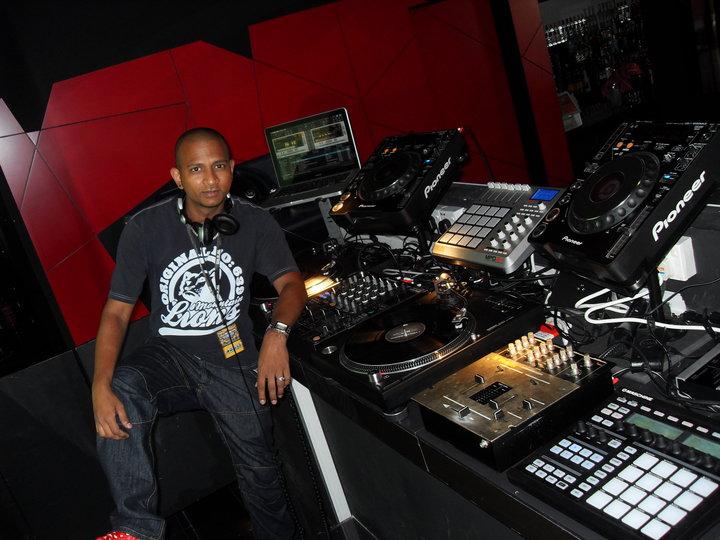 DJ FACE: DJ FACE