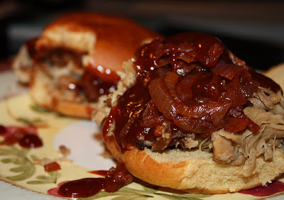 Bbq Pulled Pork Sandwiches With Chipotle Onions