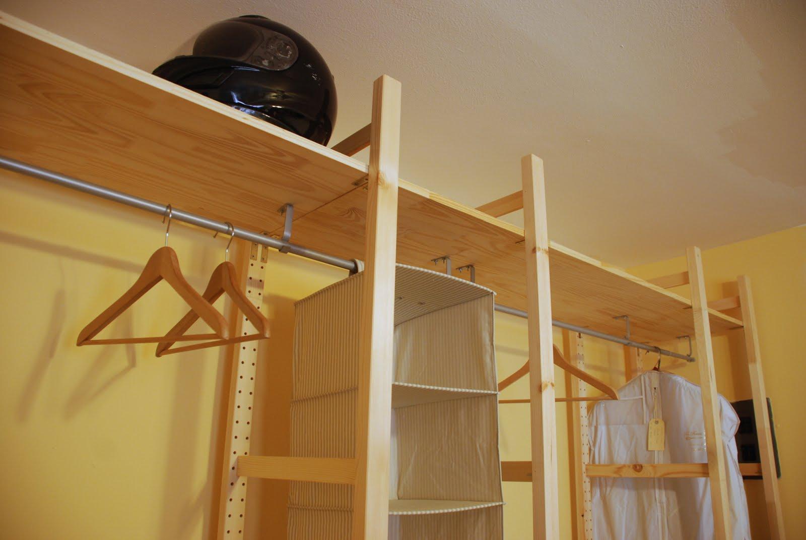 polka dotting my i 39 s custom closet on a budget. Black Bedroom Furniture Sets. Home Design Ideas