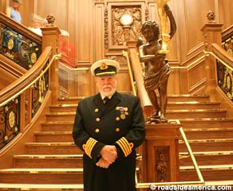 1st Inn Branson Welcome Aboard The Worlds Largest Titanic