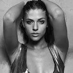Stephanie Cayo - Galeria 2 Foto 4