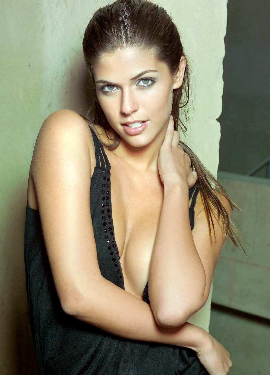 Stephanie Cayo - Galeria 3 Foto 1