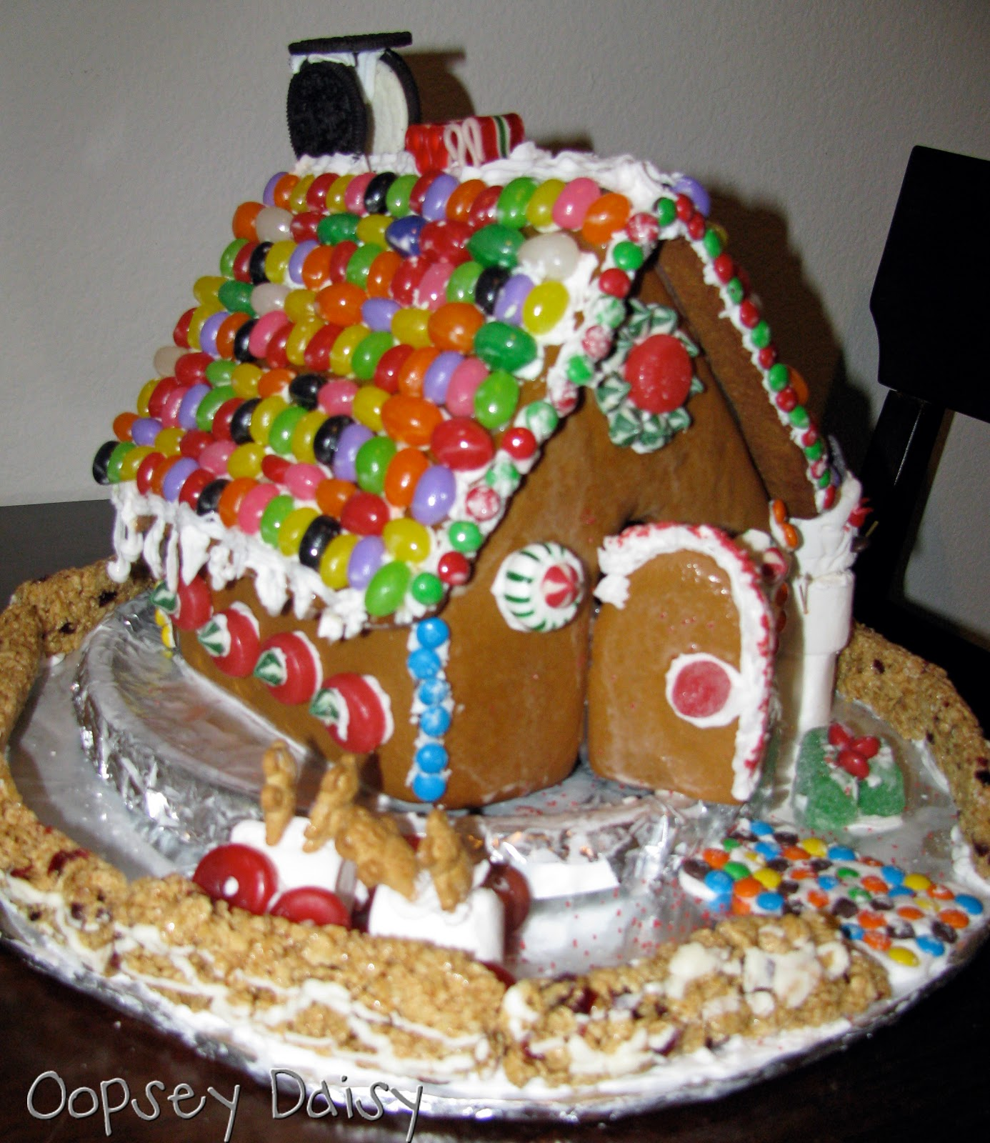 gingerbread house | Oopsey Daisy