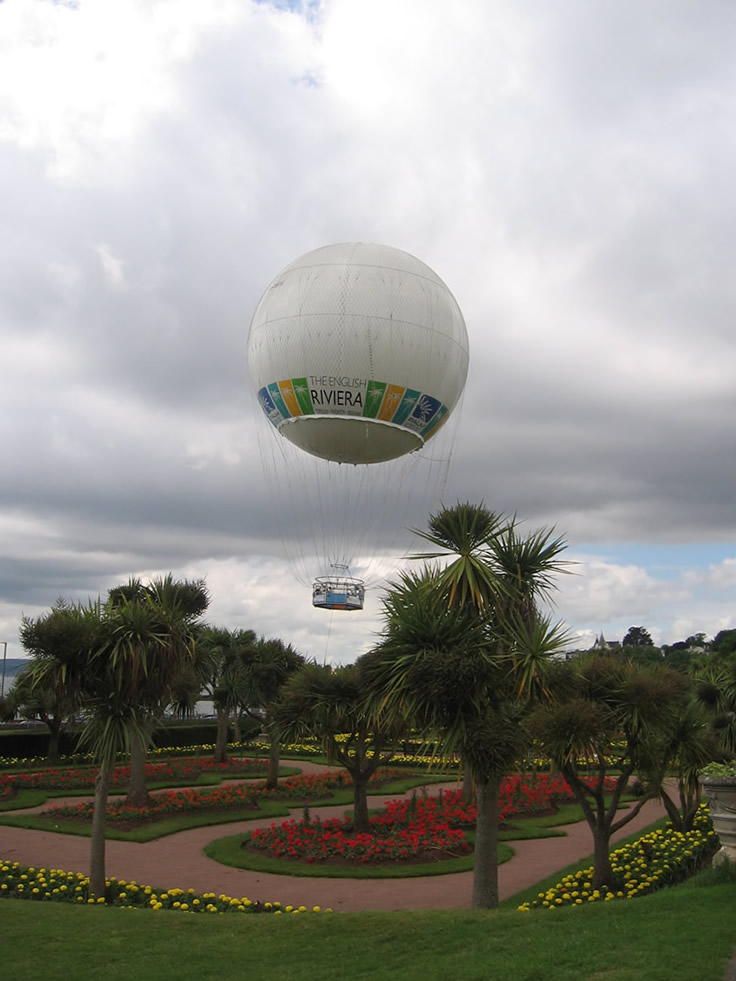 The HiFlyer - Helium Balloon ride in Torquay Devon