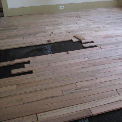 Fitted flooring boards like a jigsaw puzzle