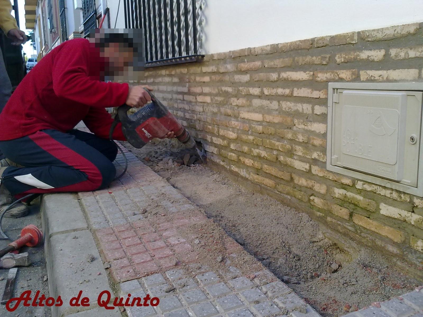 Altos De Quinto Arreglo De Humedades En Zocalo De Fachada - Zocalos-de-fachadas