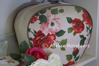Rozen theebeurs voor een heerlijk kopje rozenthee. d3e098f56197a