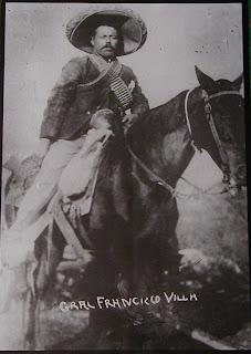 """El 18 de febrero de 1913, tras nueve días de bombardeos, conocidos como """"la decena trágica"""", Huerta y Díaz se entrevistaron con el embajador estadounidense Henry Lane Wilson"""