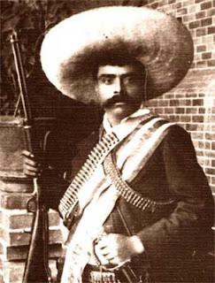 Villa solicitó la ayuda de Zapata y se enfrentaron a las tropas de Obregón y Carranza (apoyado por Estados Unidos)