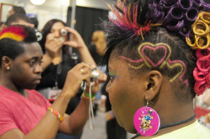 bronner brothers hair styles cnn reports on black and hair quot trend quot at 9268