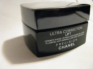 Chanel Ultra Correction Lift Total Eye Life 1