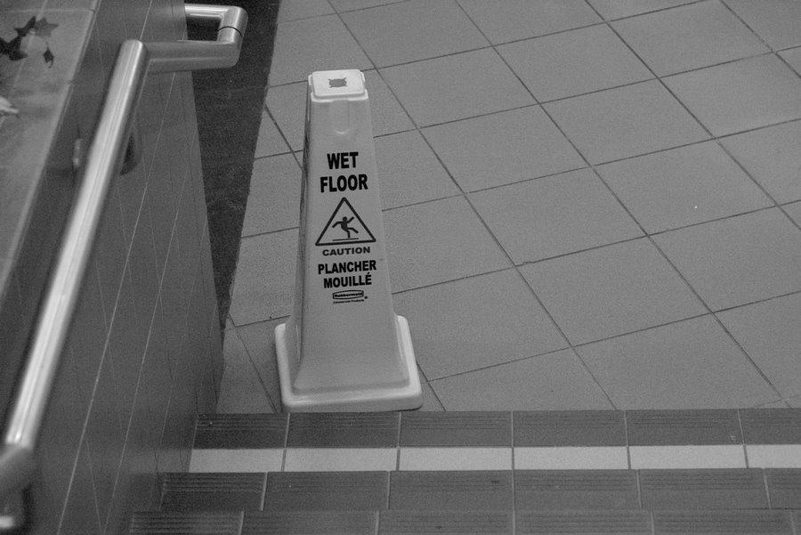 [wet_floor.jpg]