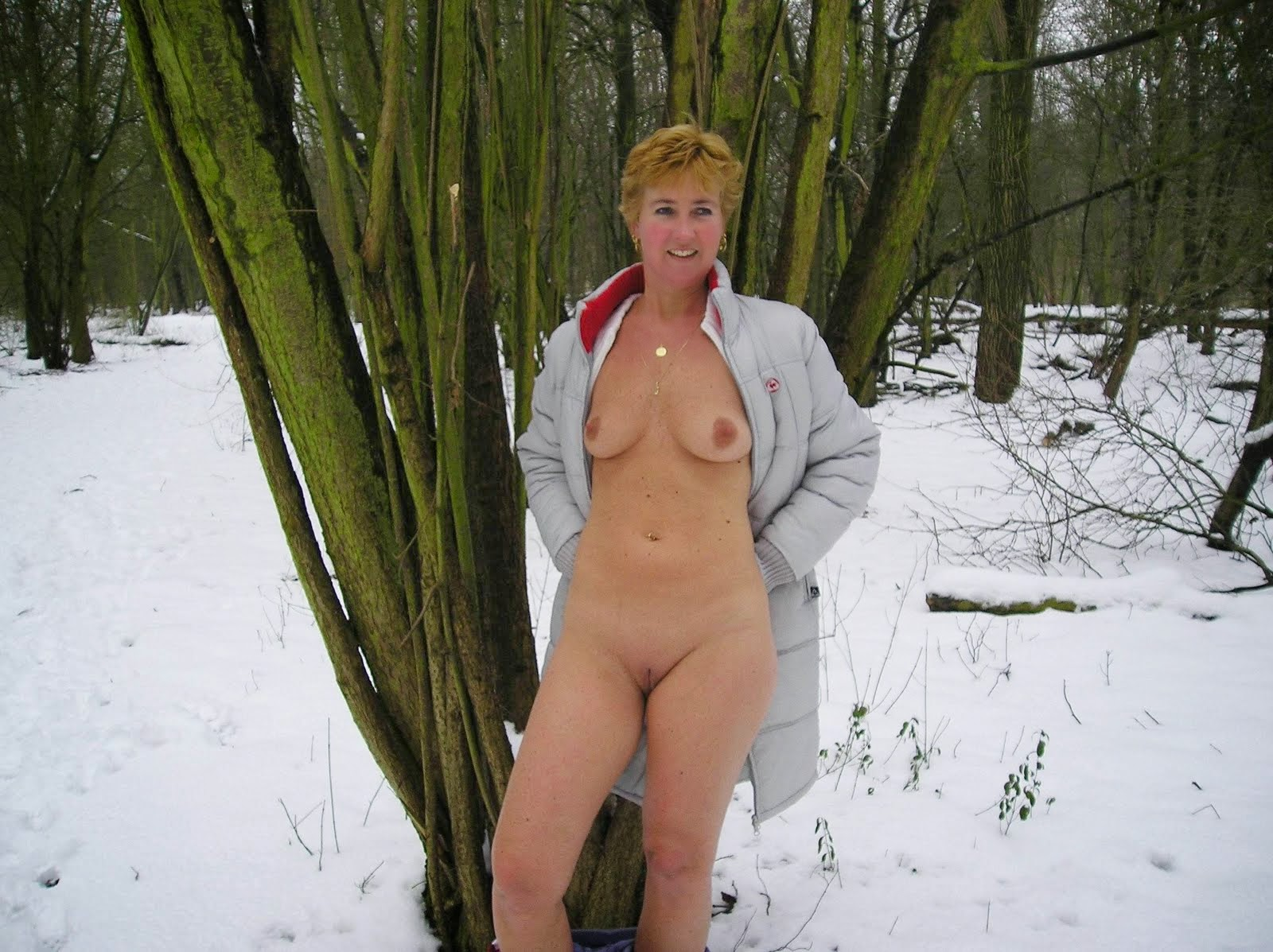 Naked snow bunnies pity