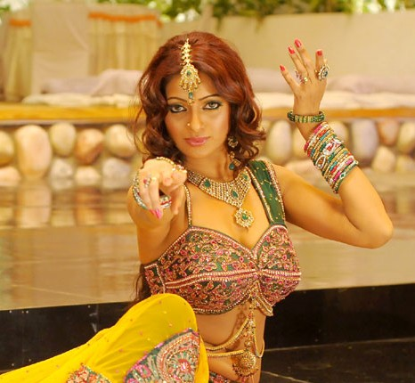 udaya bhanu from leader item song actress pics