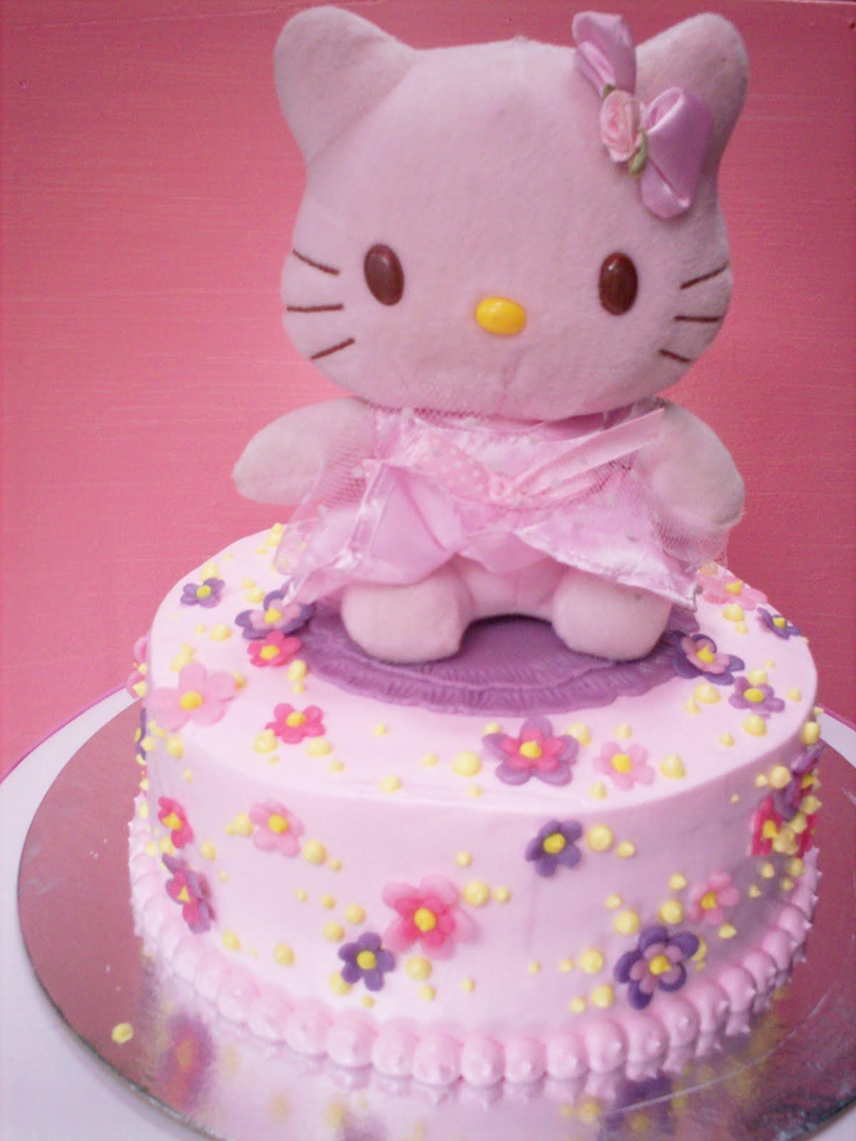 Paupicakes Hello Kitty First Birthday Cake