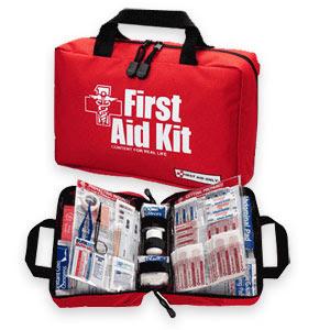 حقيبة الاسعافات الاولية بالصور first-aid-kit.jpg