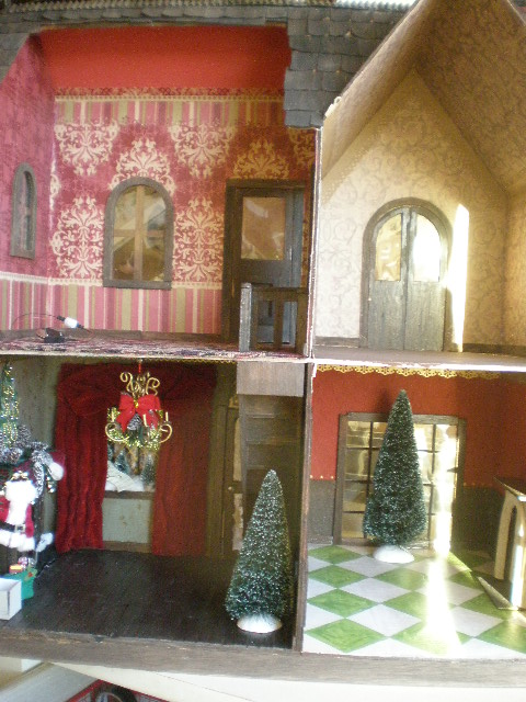 Cinderella Moments: Christmas Carol Dollhouse: Victorian Wallpaper
