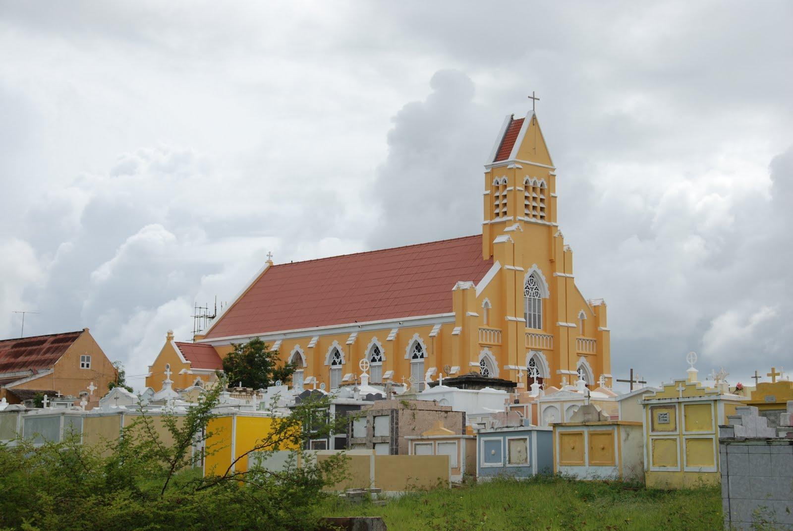 Dan Ladue: El Caribe: Curacao and Aruba