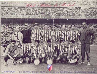 Cardona, con balón, en el once que se proclamó campeón de Copa en 1965.