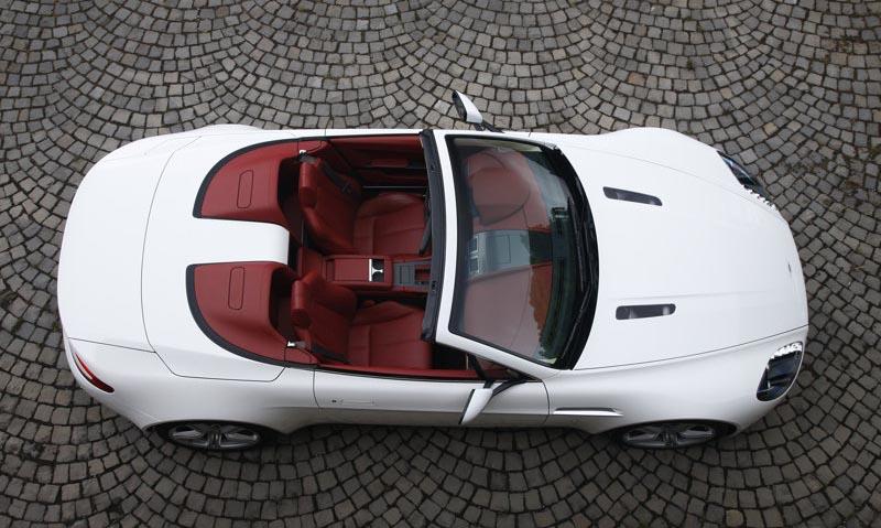 Aston Martin V8 Vantage Roadster, 2009