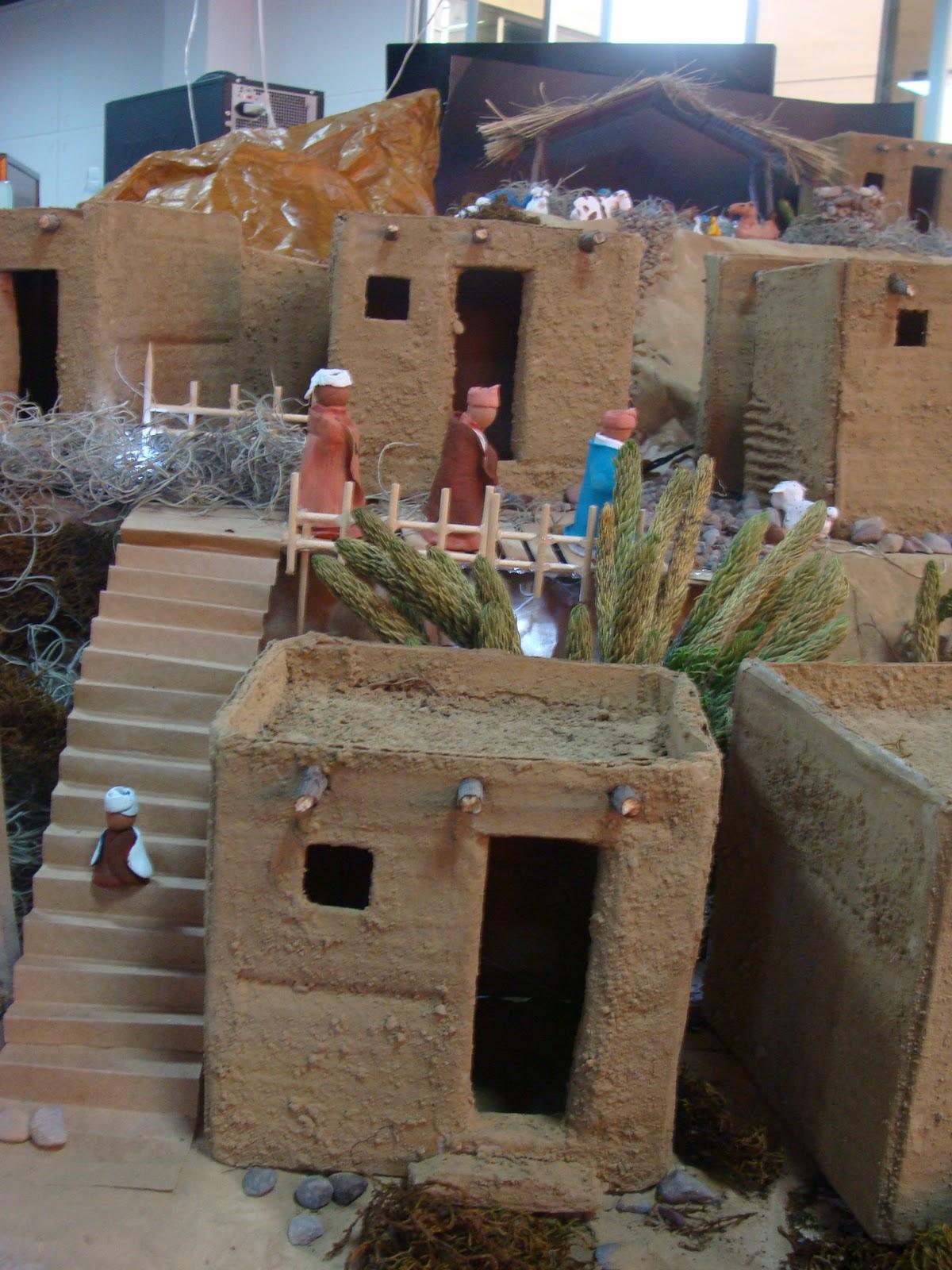 Concurso de navidad jala parte 1 sobre barcos que se hundieron pesebres y estrellas de bel n Casas hechas de carton