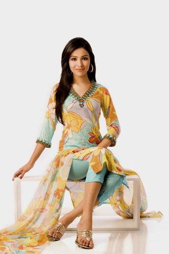 Pakistani Celeb Feet  Indian Celeb Bare Feet Beauties