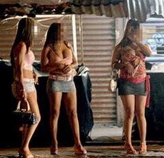 por que los hombres van con prostitutas estereotipo italiano