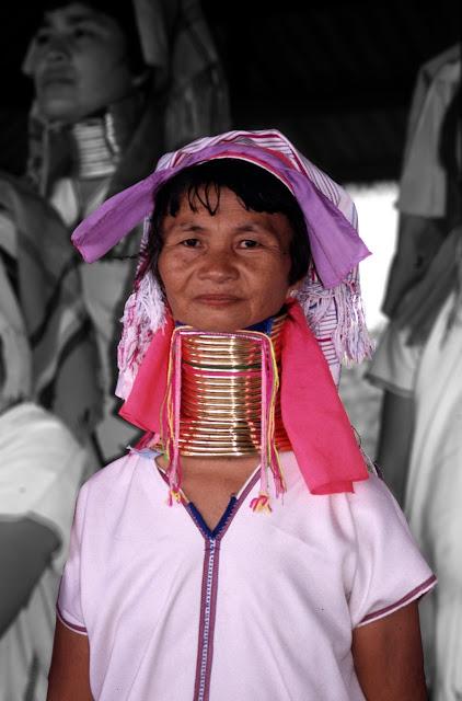 Mujer Padaung en Birmania