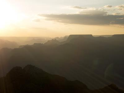 Atardece en el Gran Cañon del Colorado